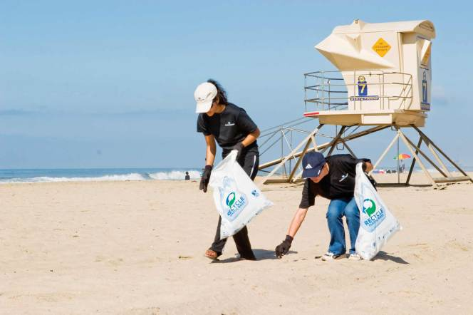 Sep 17 – Beach Clean Up